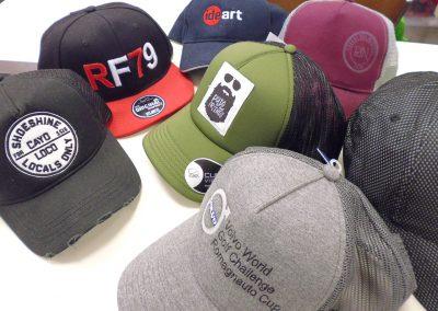 Cappellini ricamati personalizzati